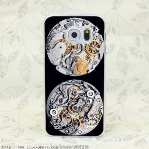Đồng hồ Automatic là gì? có cần lên dây cót không?chạy được bao lâu?
